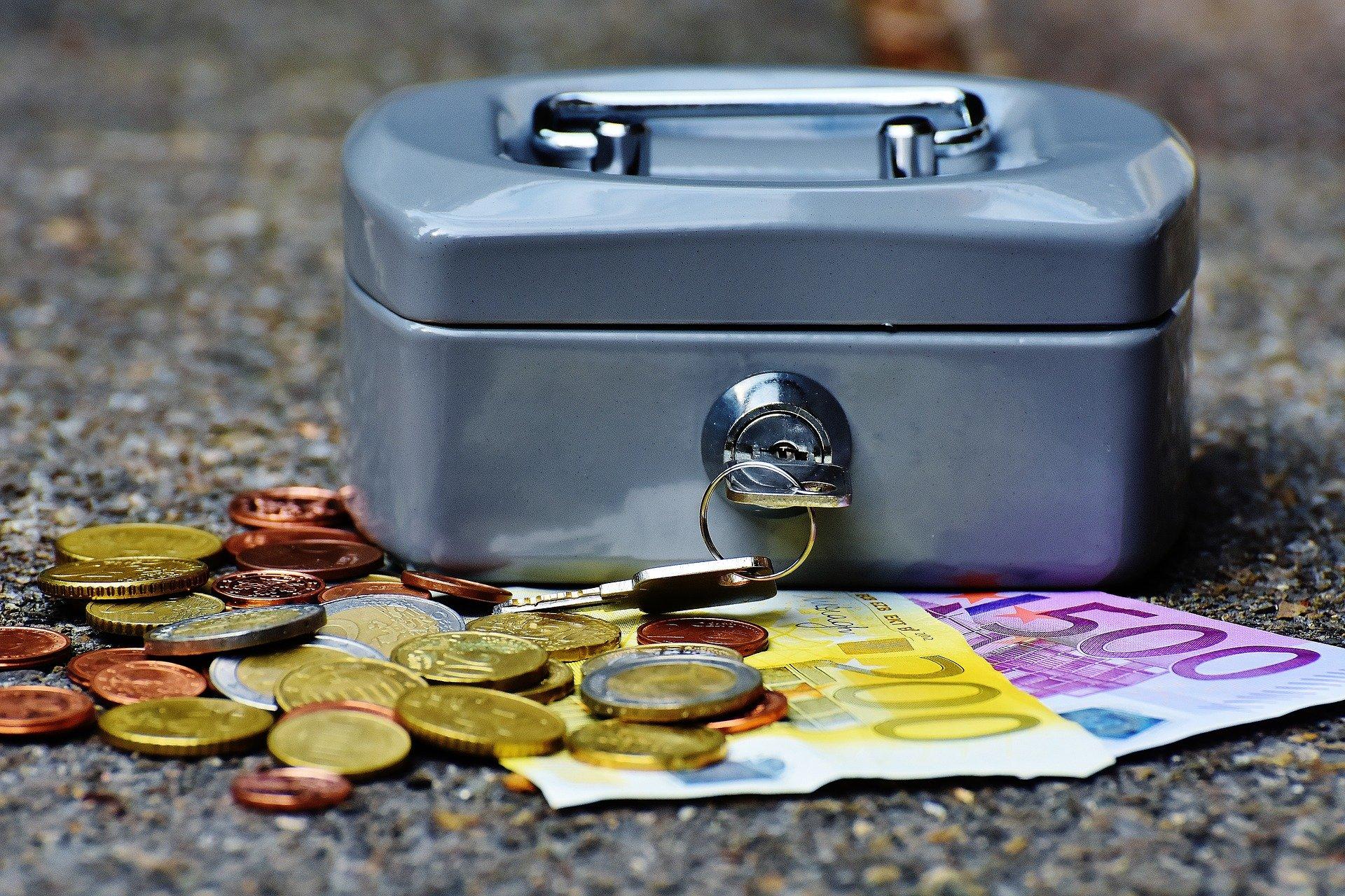 Krav på elektroniska betalningar för rot/rut